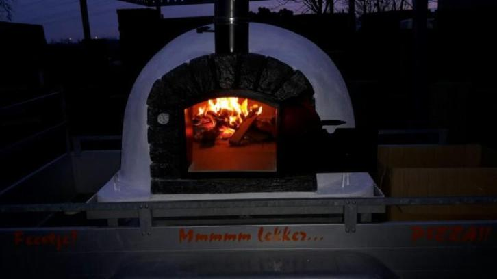 Pizzaoven huren by night